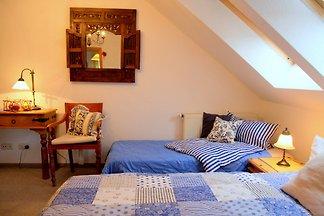 BLUE mit 2 Schlafzimmer/2 Bädern