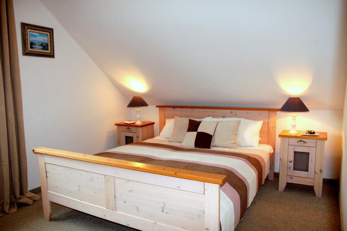 Blue Mit 2 Schlafzimmer 2 Badern In Lancken Granitz Firma