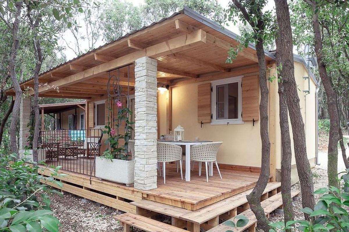 Le case mobili monperin tipo comfort in bale azienda for Mobili per case piccole