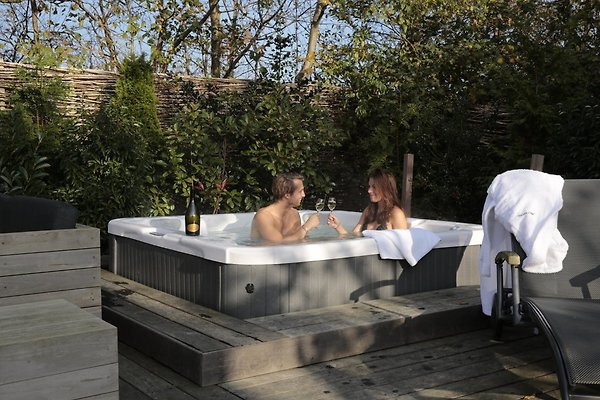 8p ferienhaus mit sauna jacuzzi ferienhaus in de koog mieten. Black Bedroom Furniture Sets. Home Design Ideas