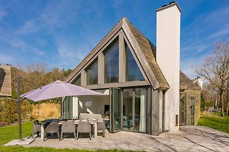 Luxurious villa with sauna, Texel