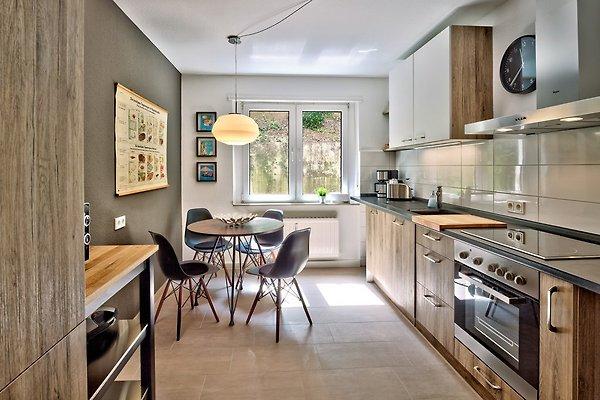 Küchenzeile Saarbrücken ~ charmant wohnen u2013 bei charlotte ferienwohnung in saarbrücken mieten