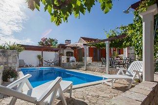 Villa rustique avec piscine privée