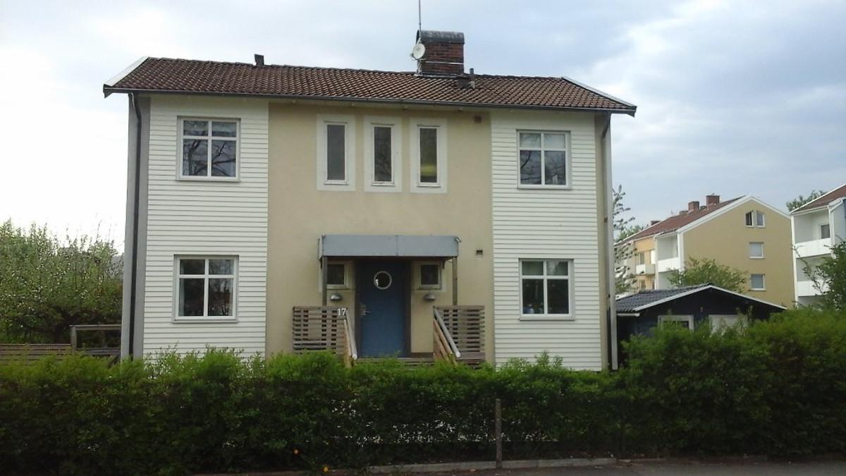 telefonnummer ledsagare liten nära Umeå