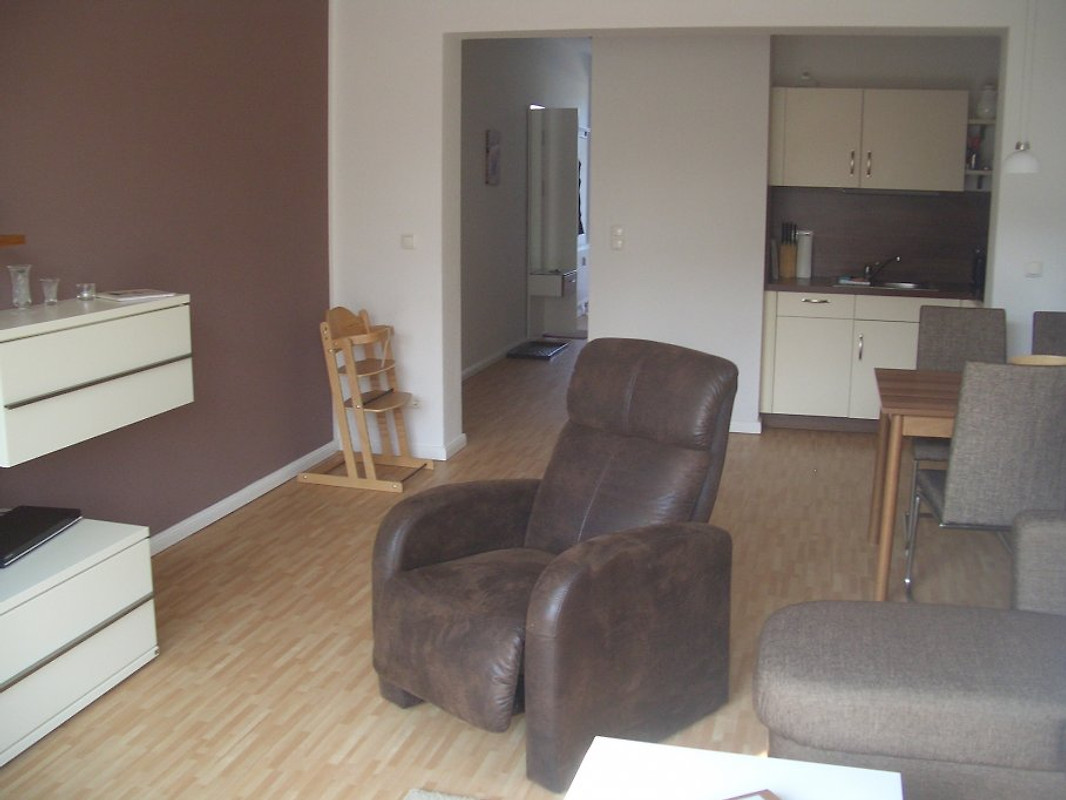 wohnung 15 villa marin zinnowitz ferienwohnung in zinnowitz mieten. Black Bedroom Furniture Sets. Home Design Ideas