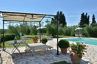 Holiday Villa  with pool 8 sleeps