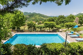 Lovely villa with swimming pool and hot tub close to Piobbico, in the north of the Marche.