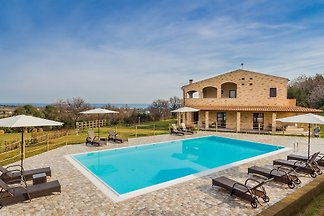 Villa Degli Archi