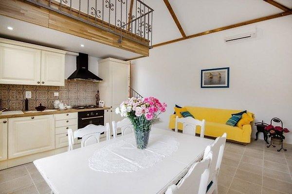 Dalmatische stenen huis met zwembad vakantiehuis in vinisce huren - Huis stenen huis ...