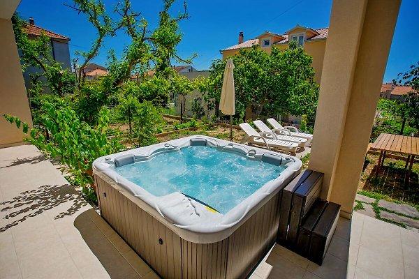 Wohnung mit Jacuzzi in Trogir - Bild 1