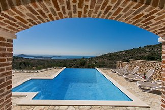 Luxus traditionelle Villa mit Pool