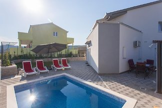New house with pool, 350 m from sea