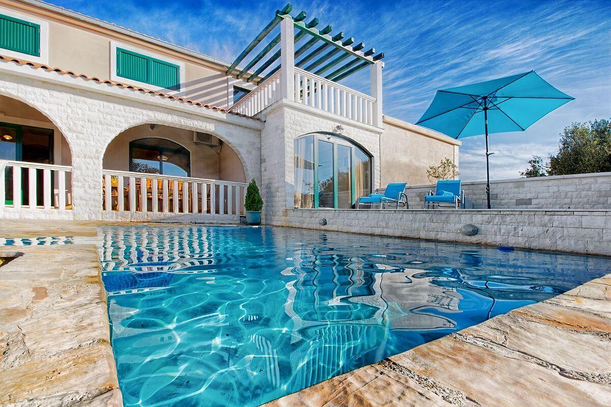 Charmantes Haus mit Pool, in der Nähe von Meer