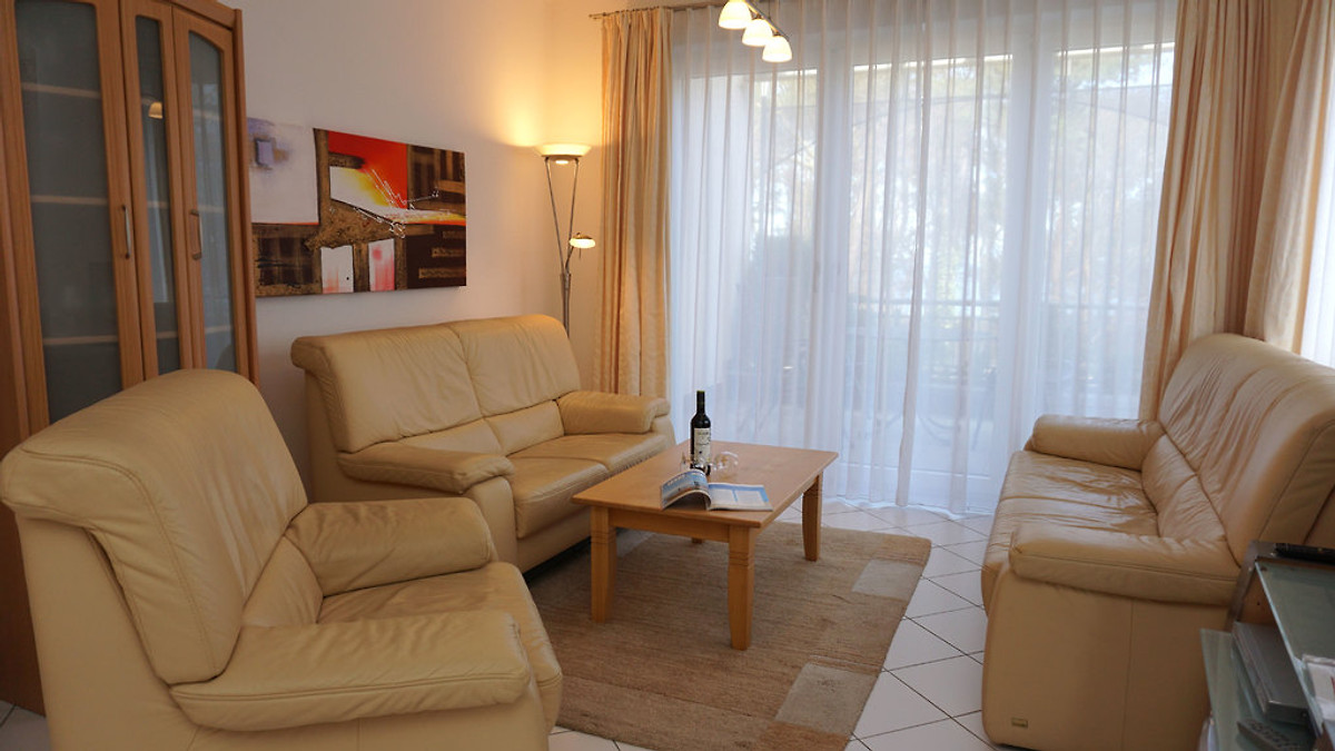 villa marfa wohnung bremen ferienhaus in heringsdorf. Black Bedroom Furniture Sets. Home Design Ideas