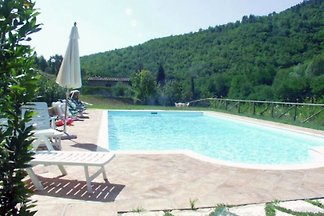 Old renovated mill in absolutely free, paradiesich quiet location, surrounded by nature. Private pool, lake, large garden, ideal for families and groups