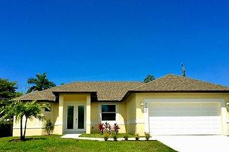 Geben Sie Ihrem Urlaub ein Zuhause - Bonita Beach Villa befindet sich nördlich von Naples in Bonita Springs, wenige Minuten zu herrlichen Sandstränden und Golfplätzen.
