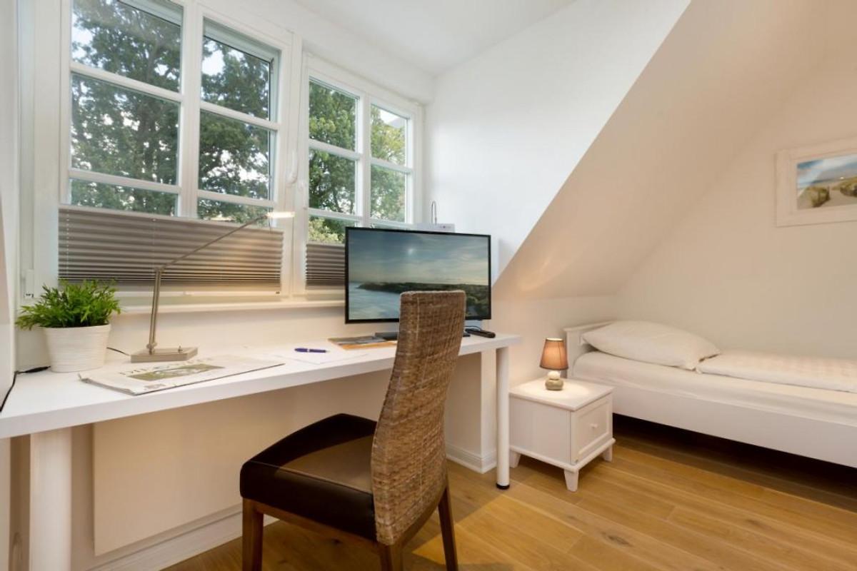 ostseeliebe haus nauta seatime ferienhaus in zingst mieten. Black Bedroom Furniture Sets. Home Design Ideas