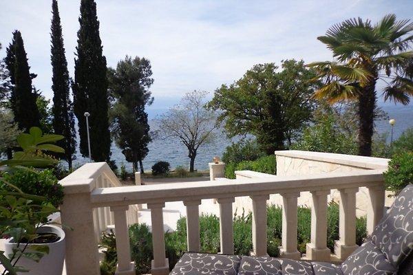 Steinvilla villa maja 2 4 personen ferienwohnung in for Mia villa wohnen