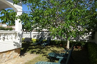 Villa Montgri 305