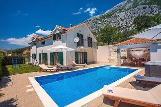 Villa Kuvacic