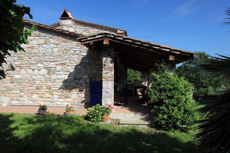 esterno casa lato portico