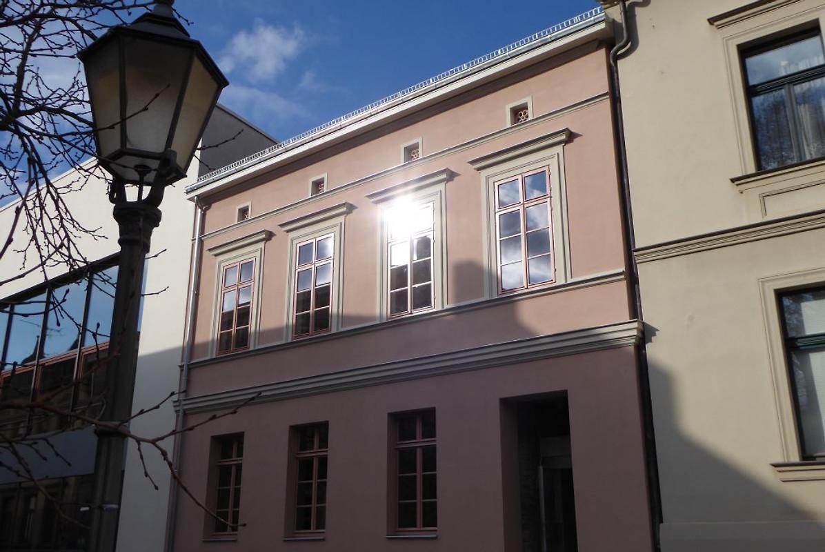 stadthaus 1848 ferienwohnung in halle saale mieten. Black Bedroom Furniture Sets. Home Design Ideas
