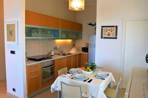 Vera a mare vakantiehuis in acitrezza huren - Eilandjes van keuken ...