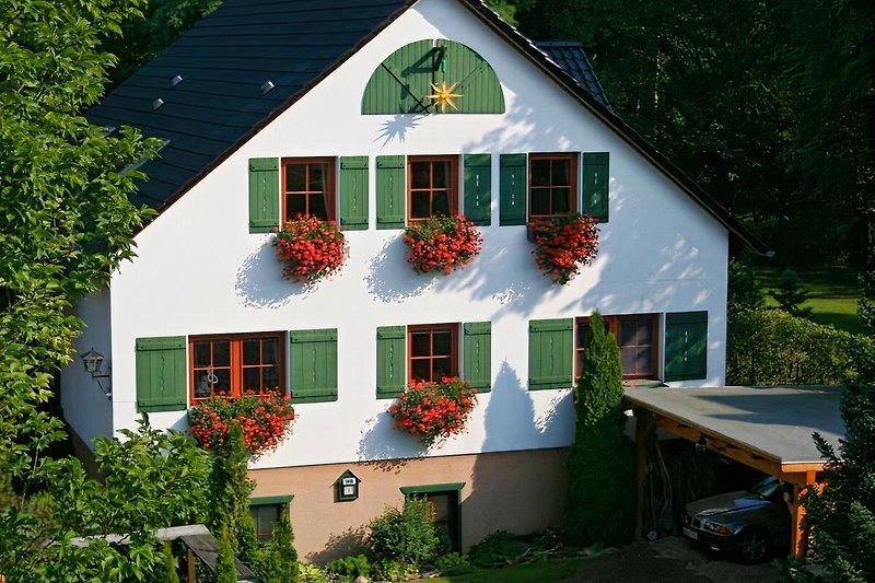 Forsthaus Fichtenau Straßenansicht