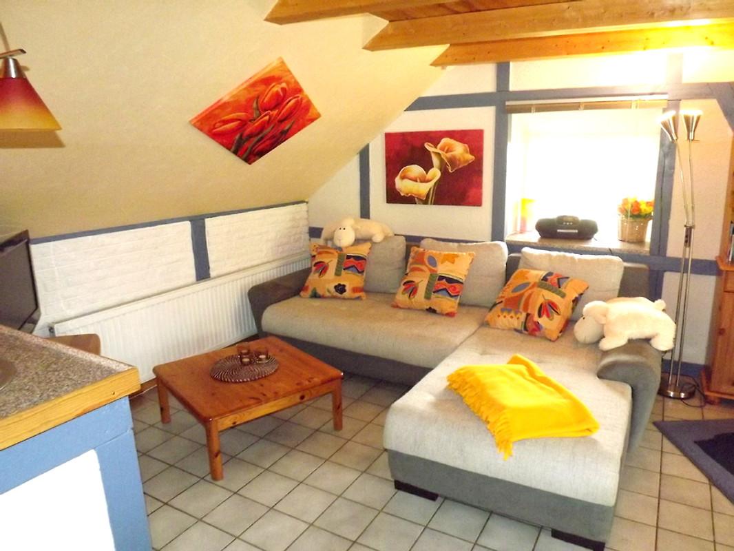 reetkate tating kleine h lfte ferienhaus in tating mieten. Black Bedroom Furniture Sets. Home Design Ideas