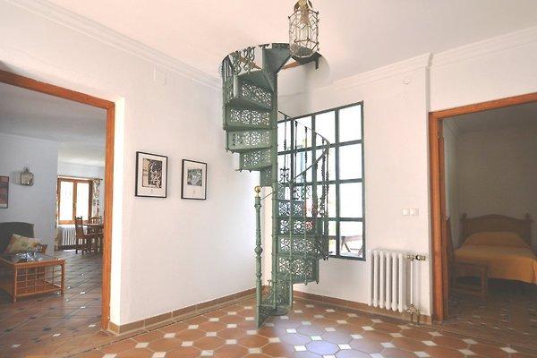 Entree mit Wendeltreppe zum Turm
