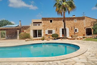 FINCA WITH POOL