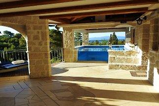 *Villa mit Pool, Ruhe+Erholung pur*