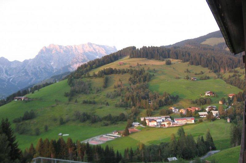 Blick vom Haus ins Tal