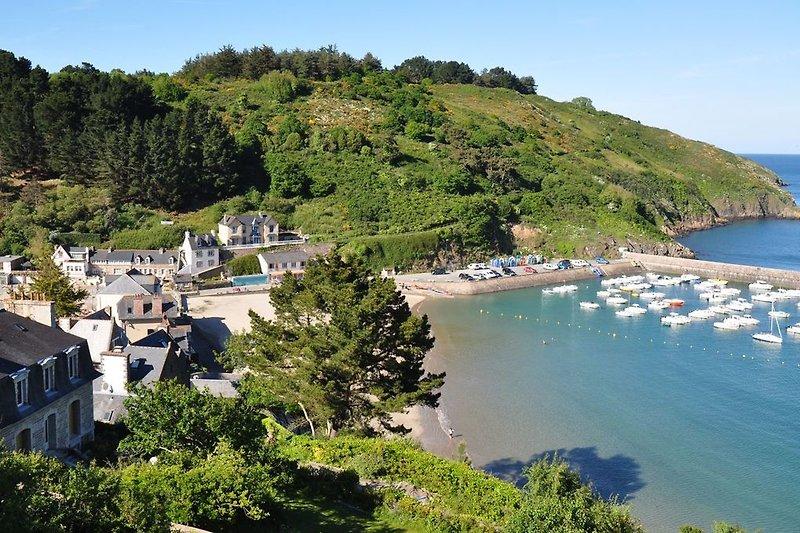 Bucht mit Maison Avel Mor