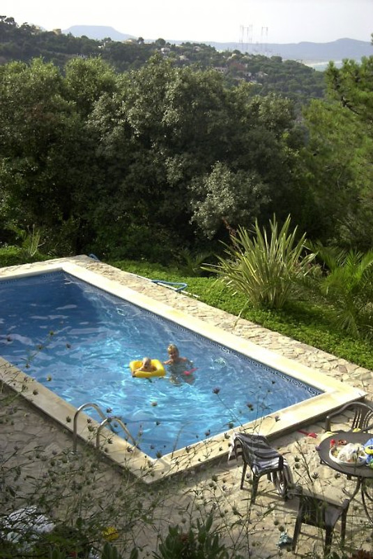 La coma ocho ferienhaus in begur mieten for Pool aufstellbar
