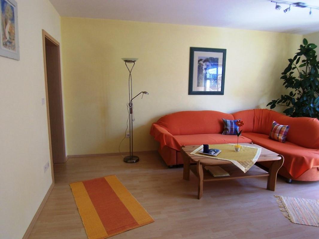 Ferienwohnung peter ferienwohnung in gossersweiler stein for Wohnzimmer 25 qm