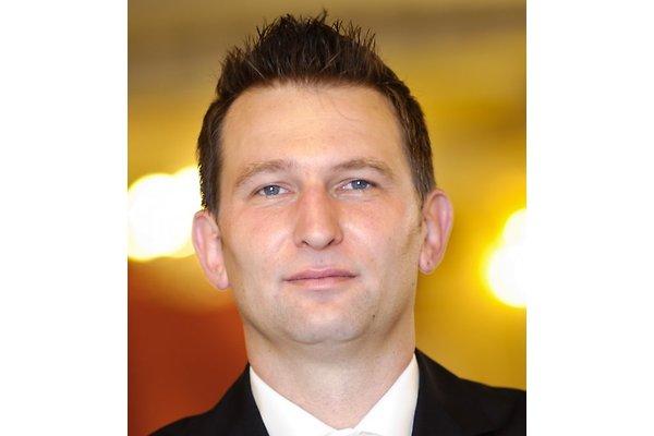 Herr R. Konefal