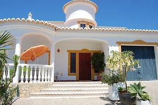 Villa-Daniel