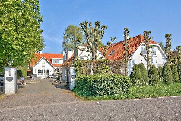 Villa vicino ad amsterdam e la spiaggia casa vacanze in for Casa vacanza ad amsterdam