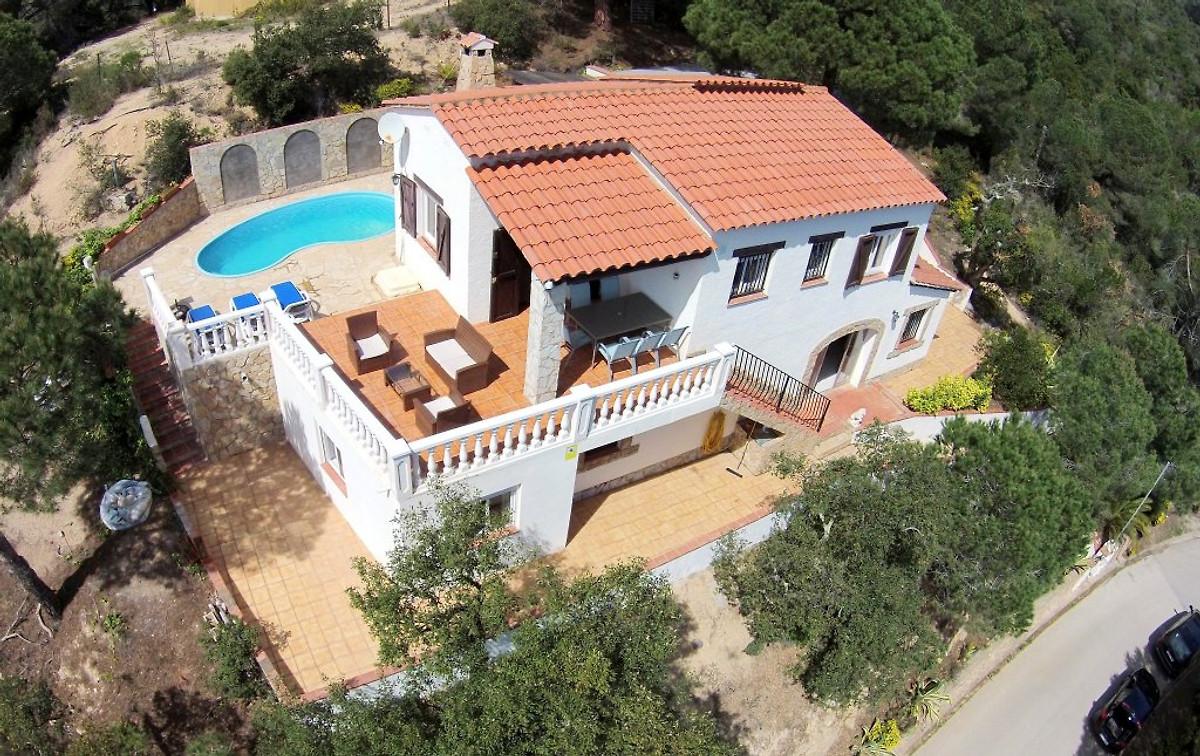 Villa monte carlo casa vacanze in lloret de mar affittare for Prezzi case montecarlo