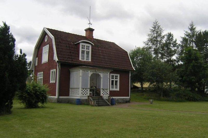 Neu renoviertes Ferienhaus in Seenähe