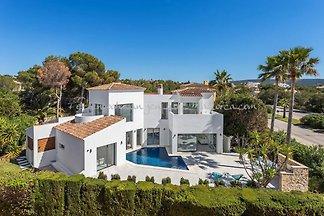 2620 Villa in Santa Ponsa