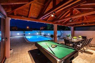 Spa & Welnnes Villa