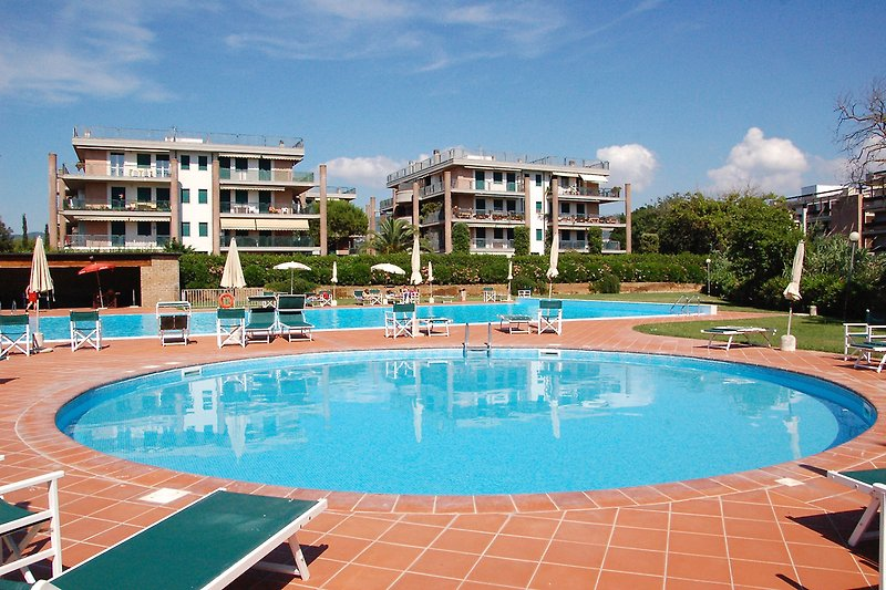 The residential complex with pool