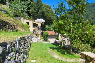 Privathaus mit großem Garten