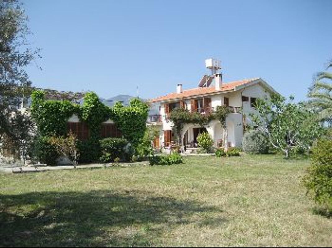 Ferienhaus zypern ferienhaus in girne mieten for Ferienhaus zypern