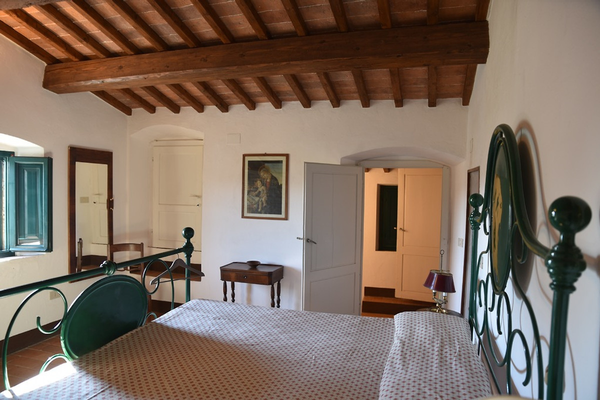 Giardino di pietre casa vacanze in guardistallo affittare for Piani casa in stile artigiano 4 camere da letto