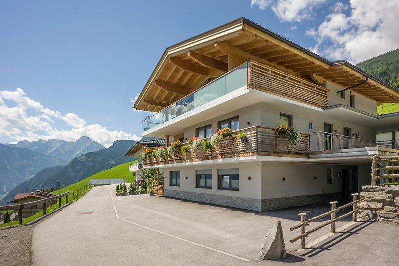 Alpenchalet-Zillertal-Sommer