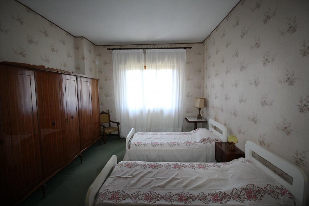 Villa amalia casa vacanze in marina di pietrasanta affittare for Piani casa 2 letti