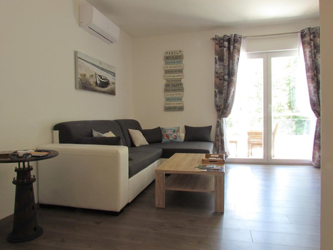 Acquario appartamento vodice appartamento in vodice for Acquario casa prezzi
